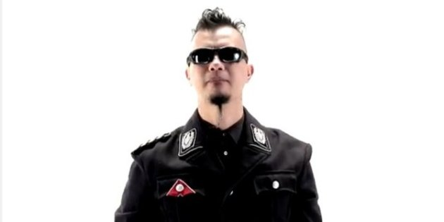 seragam nazi video klip ahmad dhani