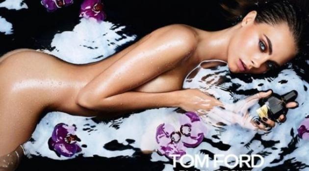 Cara Delevingne Tampil Bugil Pada Iklan Parfum Tom Ford